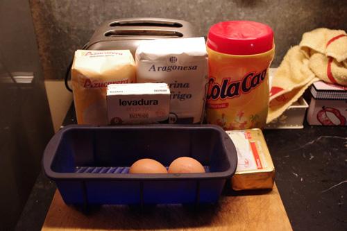 Preparación del bizcocho de chocolate